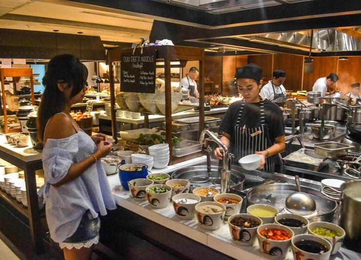 IFC행사 호텔의 뷔페식당